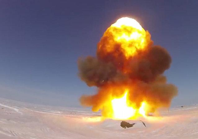 Lancio di prova del nuovo sistema di difesa anti-missile russo.