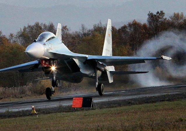 Il caccia multifunzionale Su-30 M2