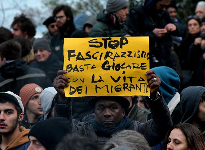 Le proteste anti-razziste a Macerata, il 10 febbraio del 2018.