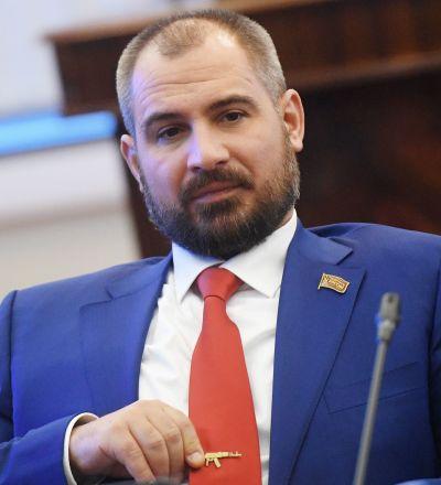 Il candidato alla presindeza Maxim Suraykin, capo del movimento politico Comunisti di Russia
