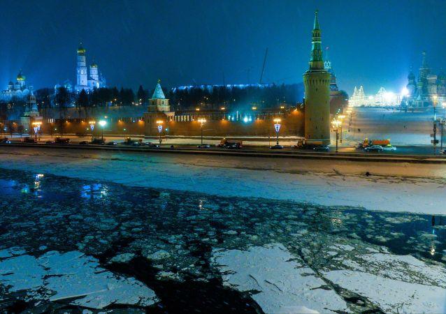 Vista del Cremlino di Mosca