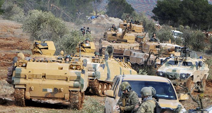 Truppe turche ad Afrin