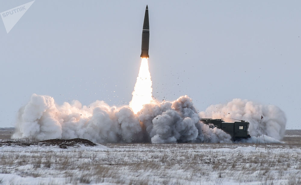 Il lancio del missile balistico del complesso missilistico Iskander-M.