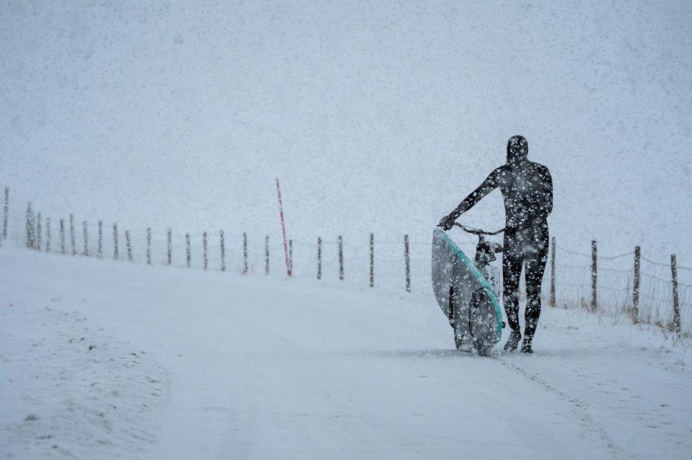 Il surf artico in Norvegia.