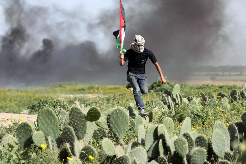 Un manifestante palestinese.