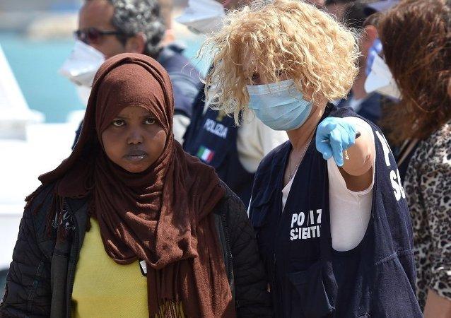 Una migrante in Sicilia