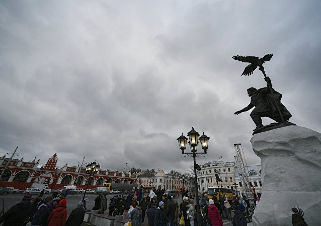 Veduta di una piazza di Kaluga, centro provinciale russo
