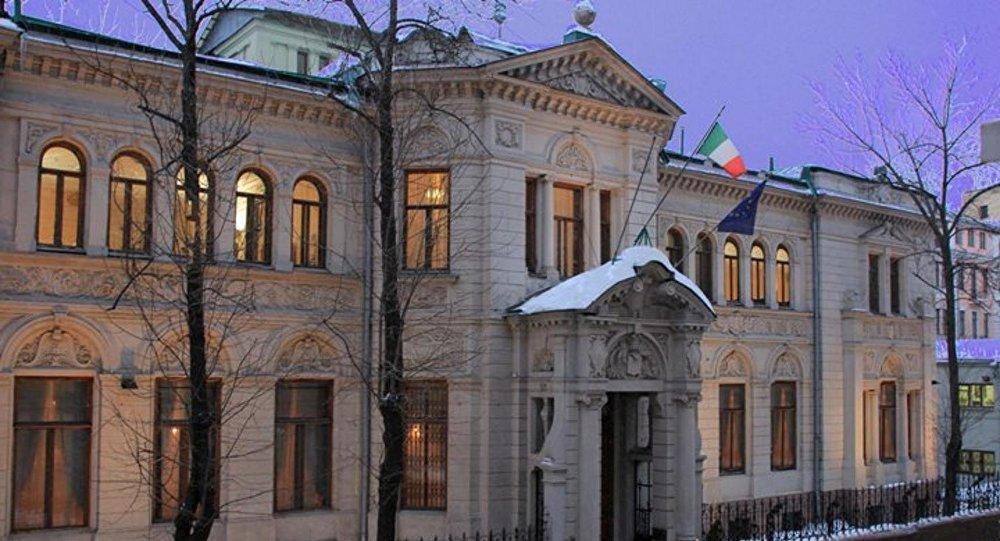L'edificio dell'ambasciata italiana a Mosca