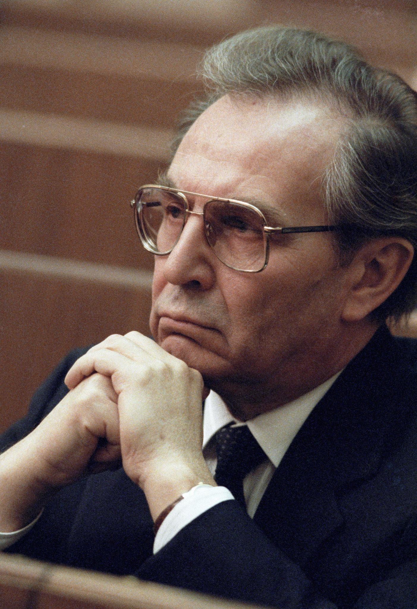 Aleksandr Bessmertnych (1933 - ), ministro degli affari esteri dell'URSS