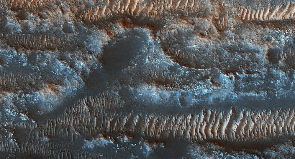 Le dune moventi nella zona Lobo Vallis sulla superficie di Marte.