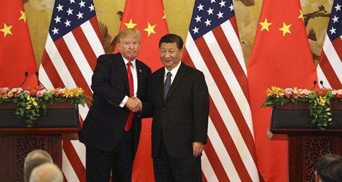 Il presidente statunitense Donald Trump e il presidente cinese Xi Jinping