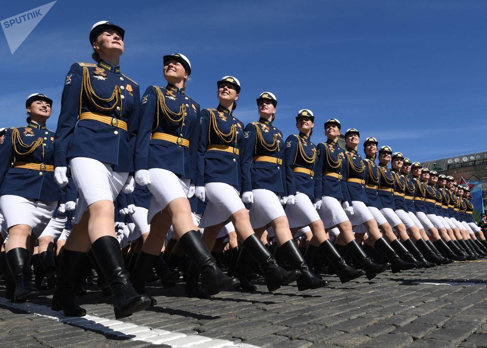 Le immagini più belle della parata militare del 9 maggio sulla Piazza Rossa.