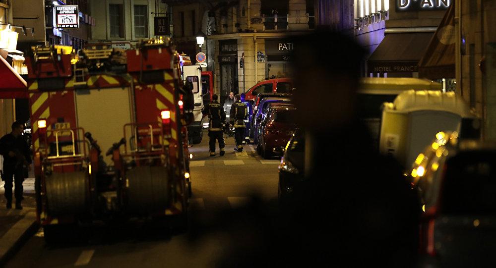 Parigi: sconosciuto aggredisce con un coltello i passanti, 12 maggio 2018