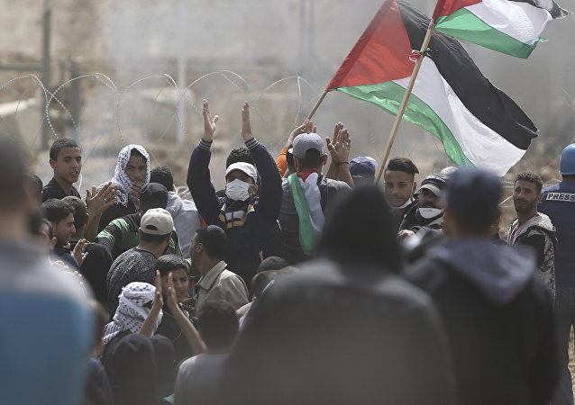 Palestinesi in protesta