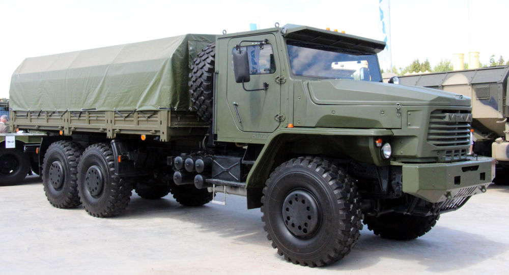 camion Tornado-U