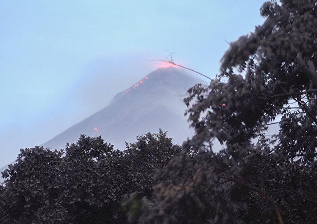 Il vulcano di Fuoco in Guatemala