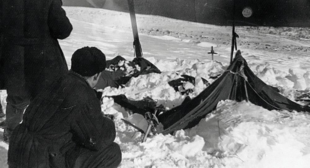 Tende degli escursionisti trovati morti nel passo Dyatlov