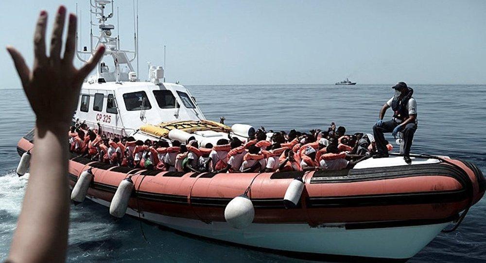Scontro Italia Francia sui migranti. Vertice annullato. Cosa è successo