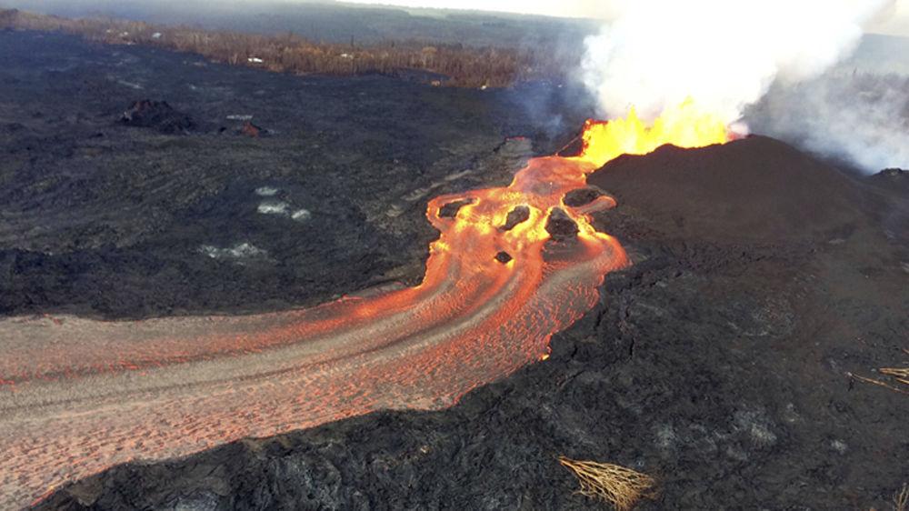 L'eruzione del vulcano Kilauea sulla Hawaii.