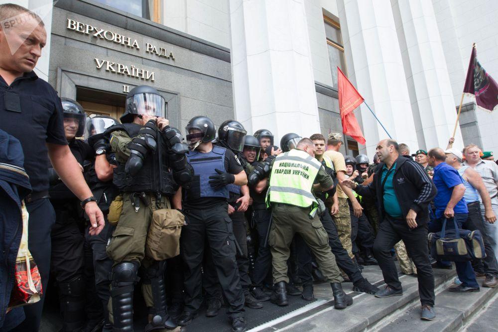 Minatori in protesta a Kiev