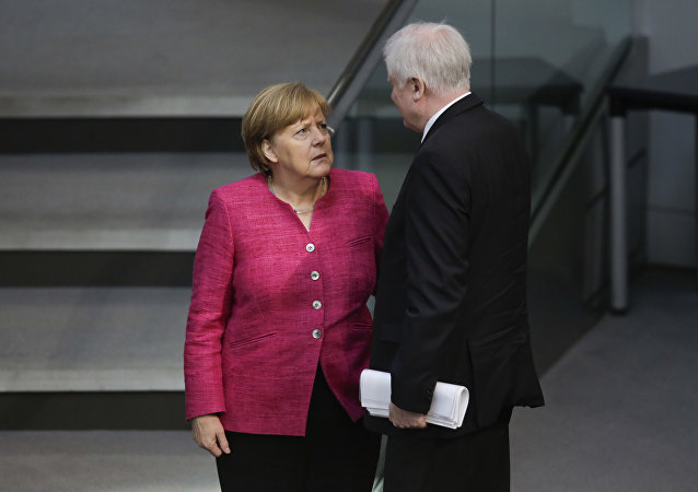 Angela Merkel e Horst Seehofer in Bundsetag