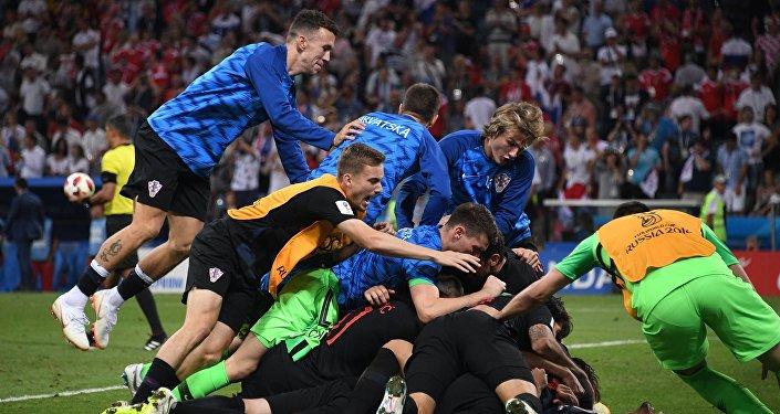 Concorso Sputnik Mondiale, scegli la seconda finalista tra Croazia ed Inghilterra