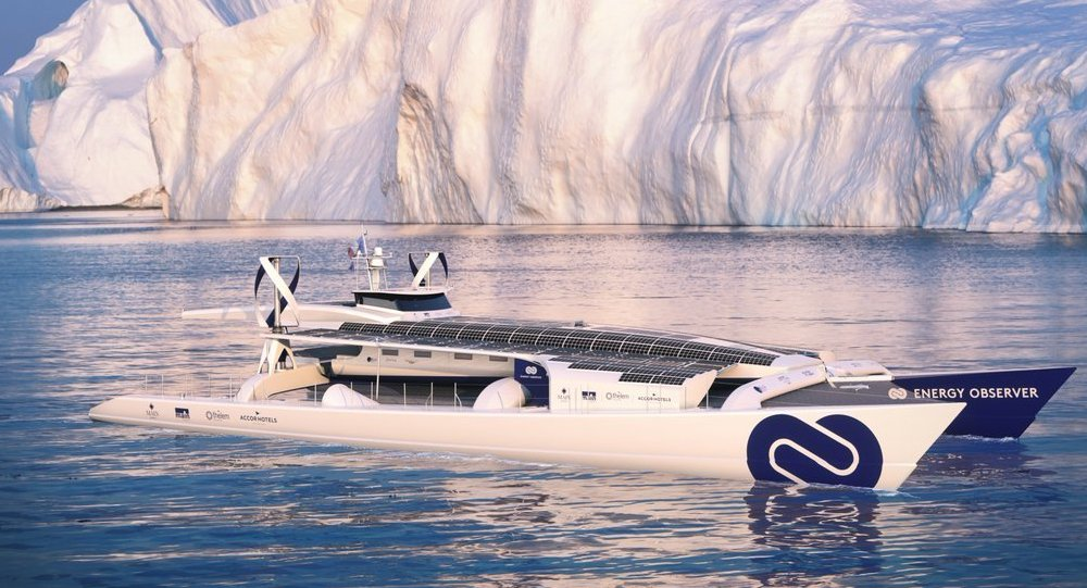 Uno Yacht nell'Artico