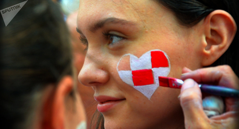 Ragazza croata si prepara per la finale