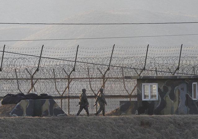 La frontiera tra le due Coree