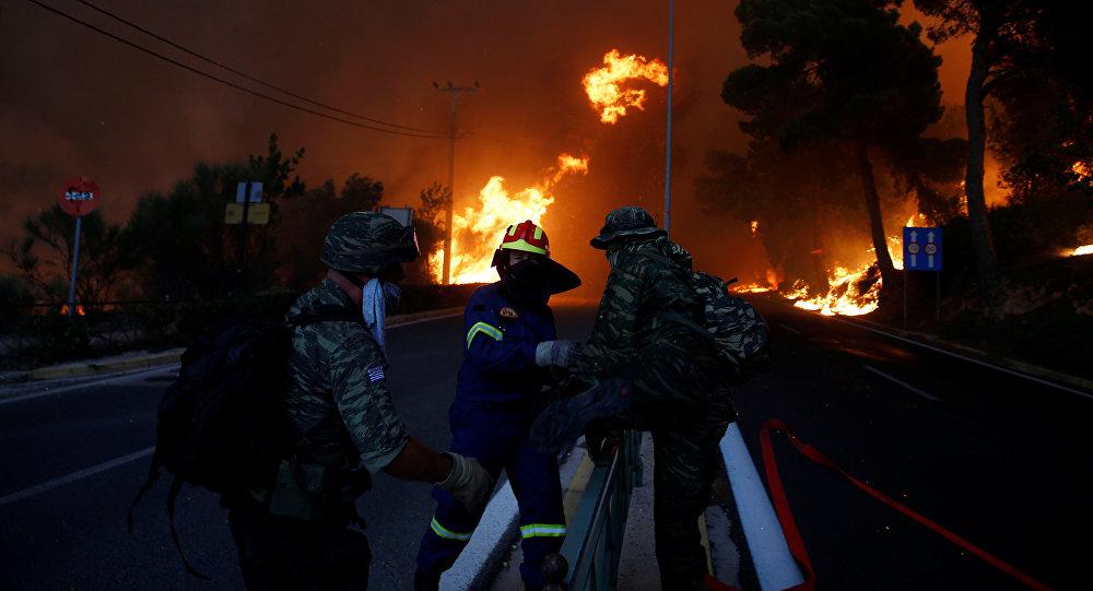 Grecia, incendi