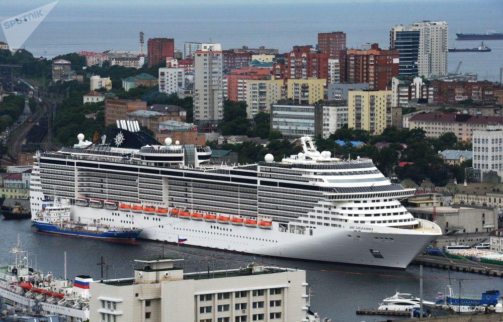 Nave da crociera MSC Splendida, Vladivostok.