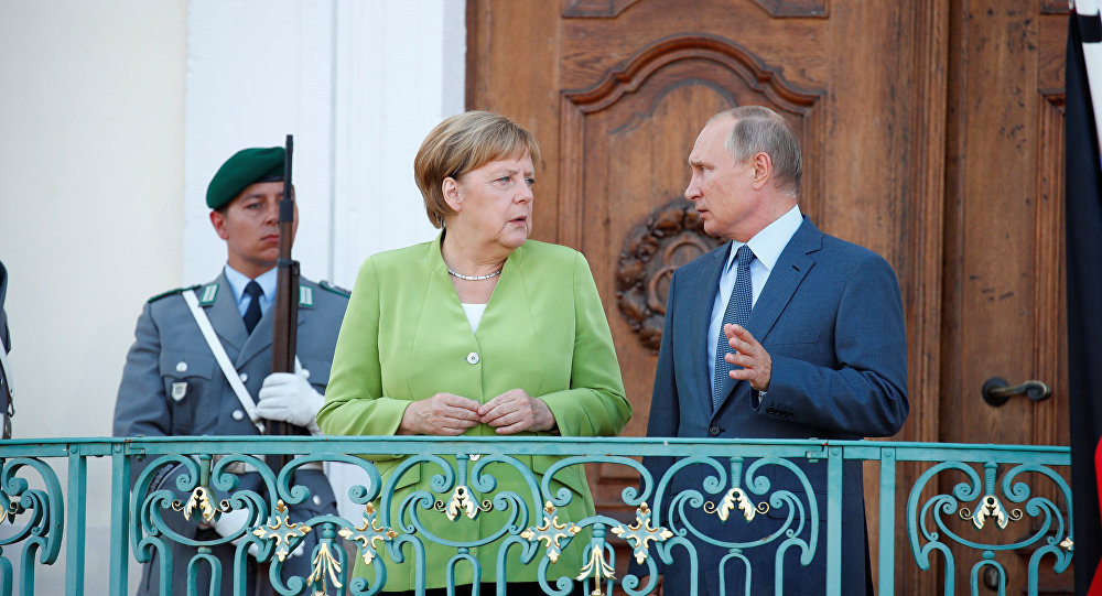 Angela Merkel e Vladimir Putin a Berlino, il 18 agosto del 2018