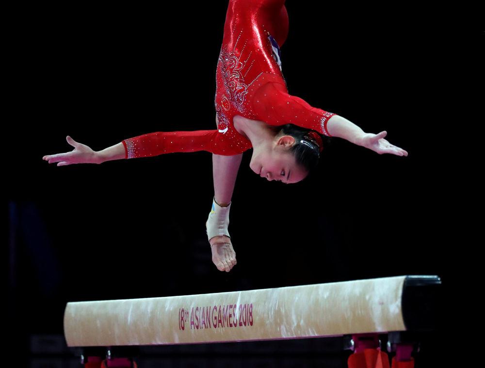 La ginnasta cinese Liu Tingting