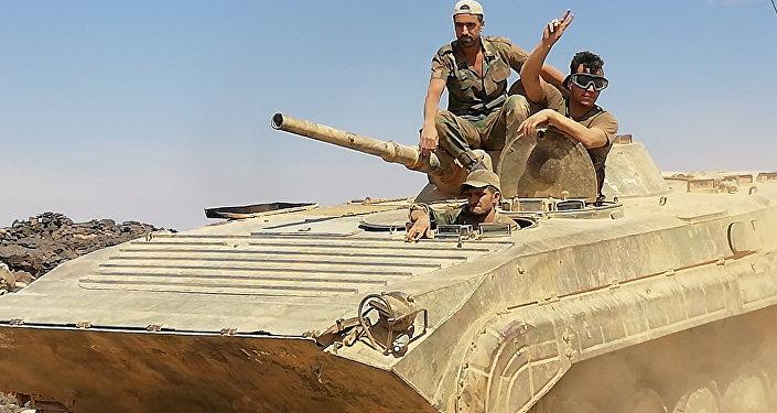 L'esercito siriano assalta le pendici di Tulul as-Safa nel sud del paese