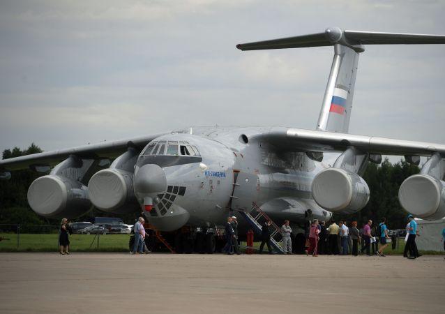 Un Il-76 russo
