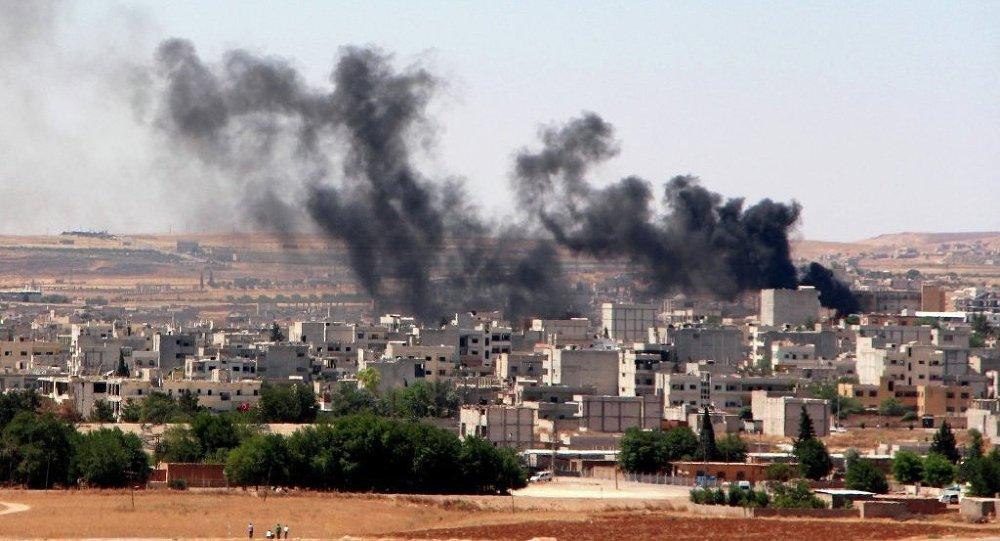 Ankara ha dato il via a una serie di raid aerei contro postazioni di gruppi jihadisti in Siria.