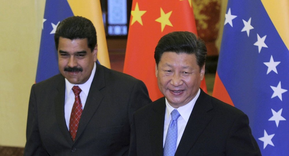 Il presidente cinese Xi Jinping e il presidente Venezuelano Nicolas Maduro