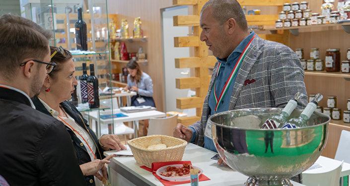 World Food permette un contatto diretto tra produttori italiani e rivenditori e distributori russi selezionati