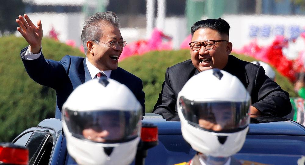 Presidenti delle due Coree (foto d'archivio)