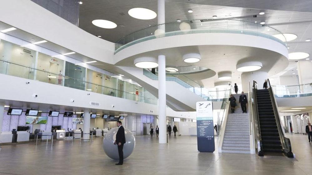 Nuovo terminal dell'aeroporto 'Kurumoc' di Samara