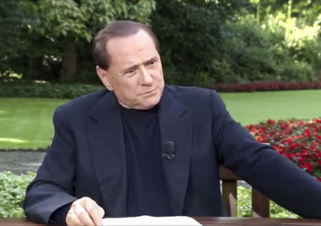 L'ex premier italiano Silvio Berlusconi nel film My Way: The Rise and Fall of Silvio Berlusconi