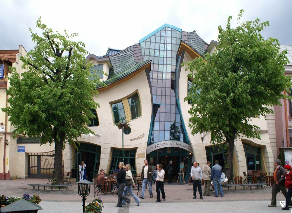 La 'casa storta' nella città di Sopot in Polonia