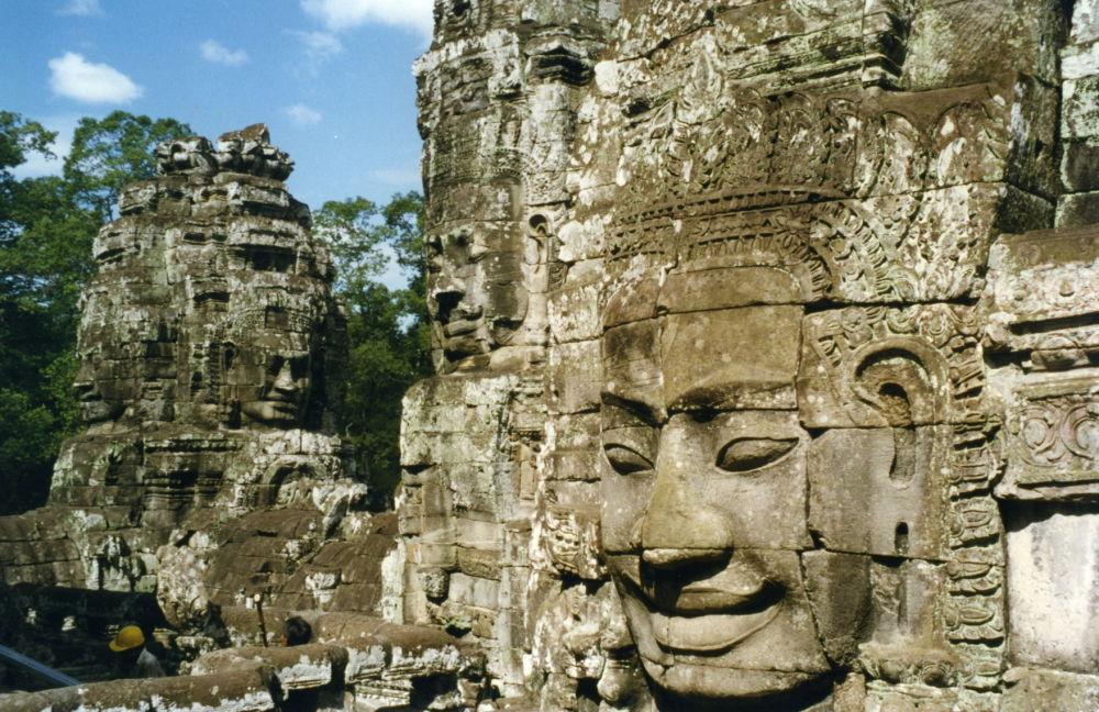 Rovine dell'antica Angkor in Cambogia