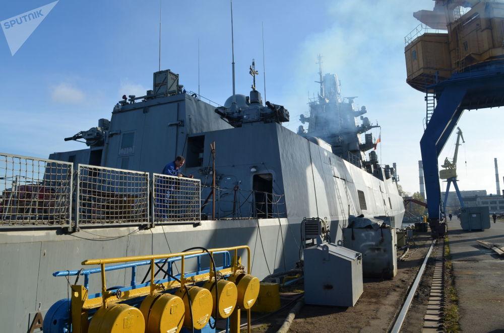 A bordo della Ammiraglio Kasatonov
