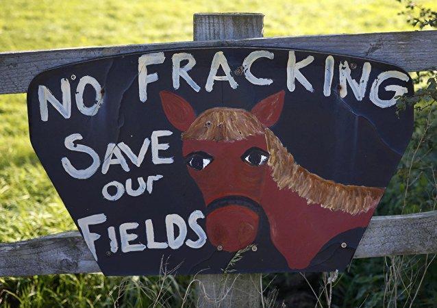 Proteste contro l'estrazione di gas di scisto in Regno Unito