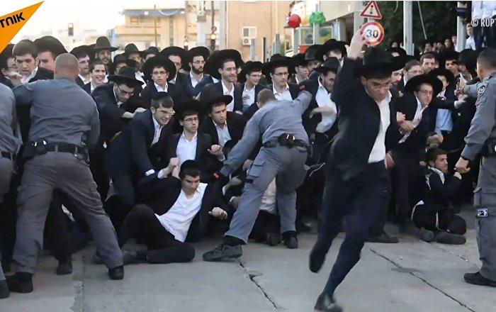 Proteste in Israele: la polizia arresta 28 ebrei ultra ortodossi