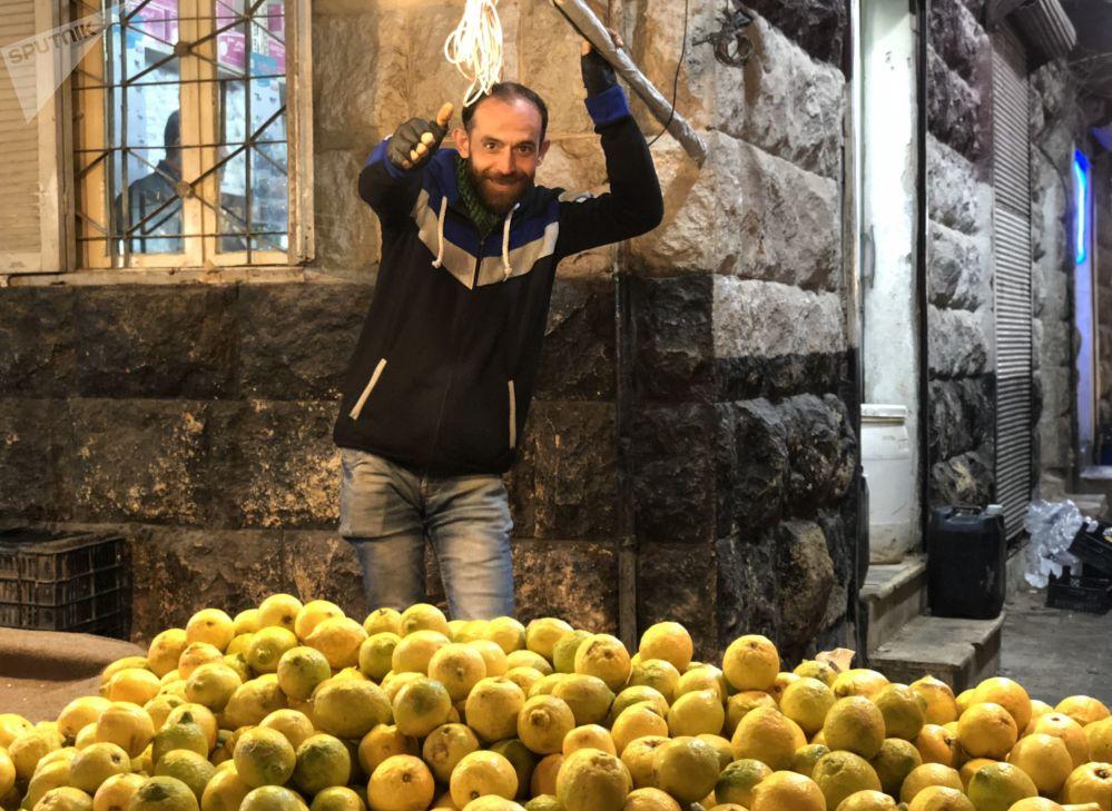 Il mercato notturno di Aleppo