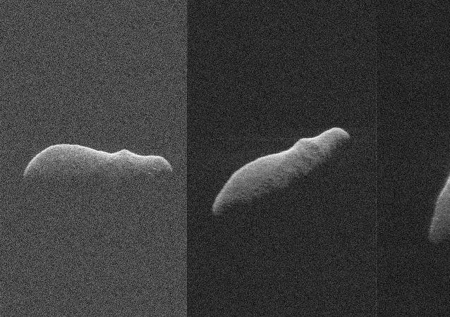 L'asteroide 2003 SD220