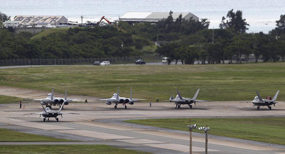 Okinawa, Giappone. Base militare americana.