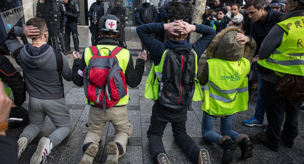 Proteste dei gilet gialli in Francia (foto d'archivio)
